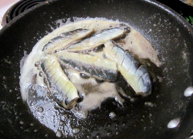Herring in a pan